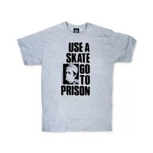 Футболка Thrasher USE A SKATE GO TO PRISON grey